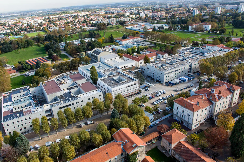 Travaux d'étanchéité béton du Centre Hospitalier Le Vinatier à Bron, Lyon, Rhône